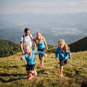 Wanderspass für die ganze Familie mit Panoramablick