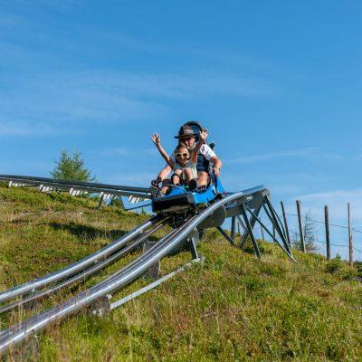 Der Nocky Flitzer - die hochmoderne Alpen-Achterbahn