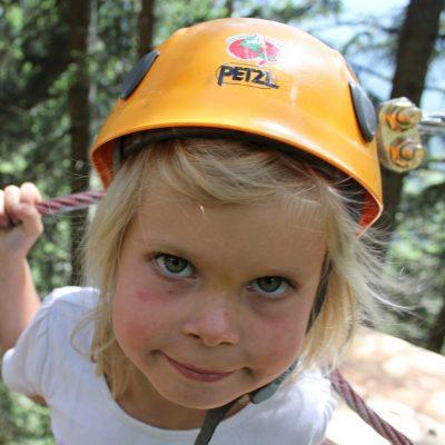 Der Erlebnisklettergarten und der eigene Kiddy Kletter Park sind Erlebnis-Highlights