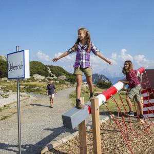 Nassfeld - der Dolce Vita Weg führt erlebnisreich entlang der Landesgrenze zwischen Österreich und Italien