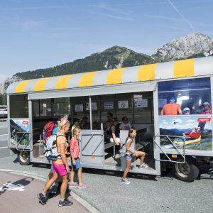 Nassfeld - der Piccolo-Express verbindet die Erlebniszentren Tressdorfer Alm, Sonnenalpe Nassfeld, Gartnkerkofel Sesselbahn miteinander