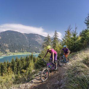 Weissensee - auf Naturtrails mit Prachtblick talwärts zum See