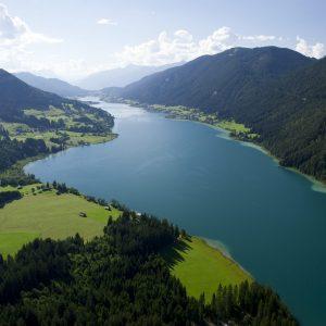 Weissensee - Prachtblicke auf den malerischen See, hier Richtung Westen