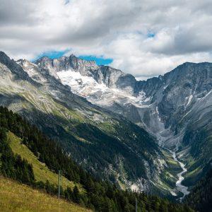 Blick auf die Hochalmspitze (3.360 m) und den Talschluss des Seebachtals