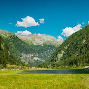 Das Seebachtal am Fuß des Ankogel nahe der Talstation der Hochgebirgsbahnen